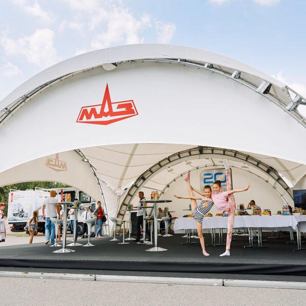Напольное покрытие в шатре МАЗ