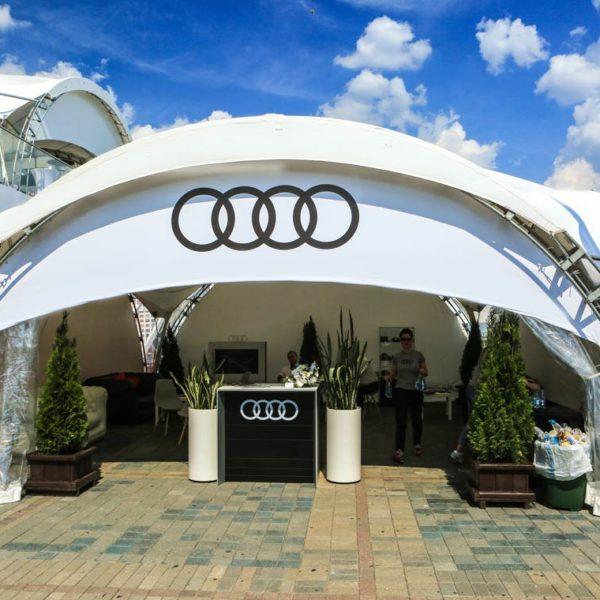 Брендирование тентовой конструкции для Audi